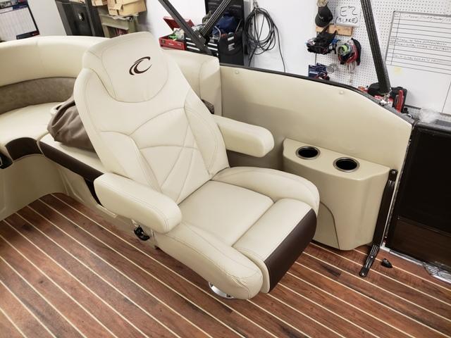 Crest Pontoon Boats : E-Z Marine & Storage